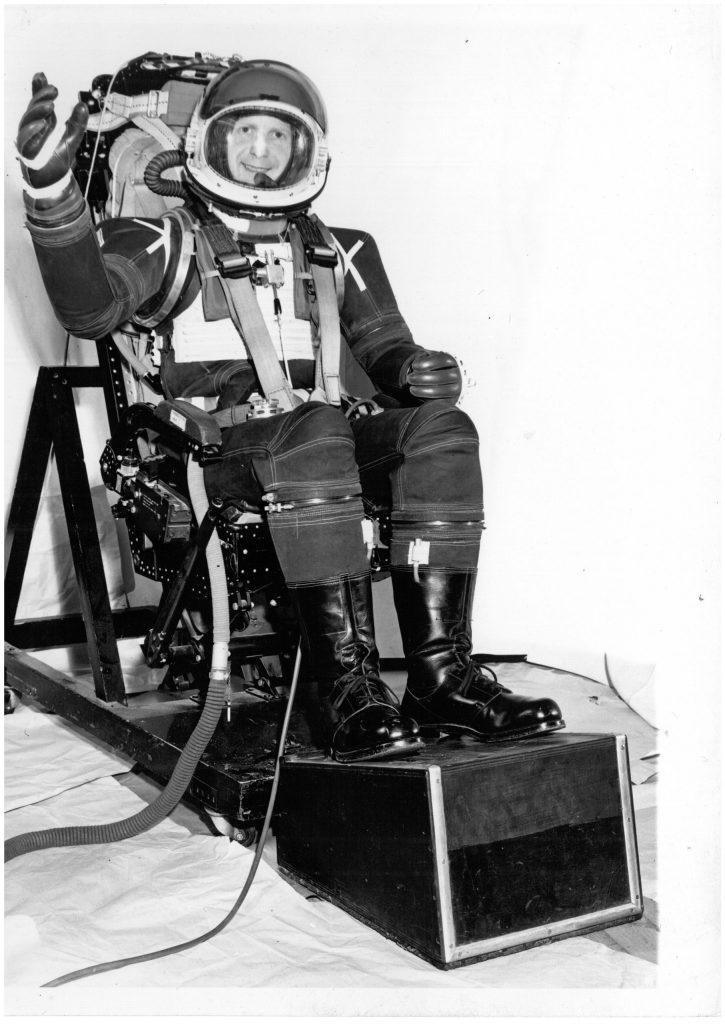 Windak flying suit